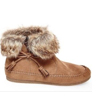 Madden Girl faux fur suede like moccasins booties